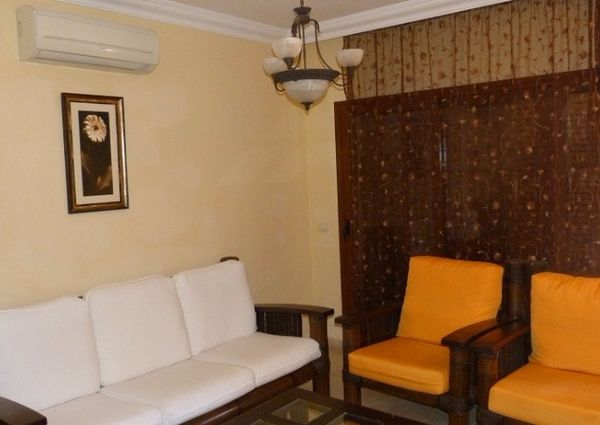 Townhouse for rent in Villas del Duque