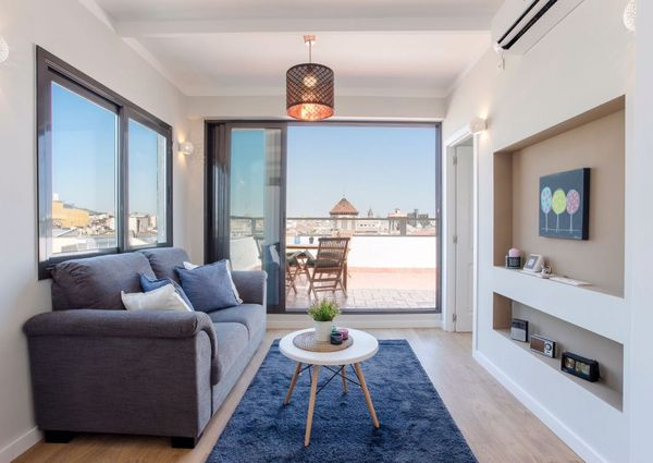 Beautiful 2 bedrooms Flat with private terrace – Carrer Aribau