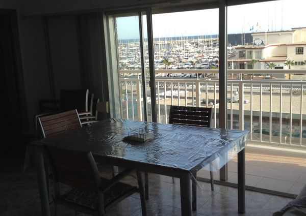 Spectacular two bedroom apartment for rent front Marina views of Sant Pola (months winters)