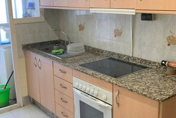 3 Bedrooms apartment for rent in Benalua area, Alicante city.