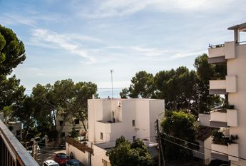 Stunning San Agustin apartment with wrap around terrace and sea views
