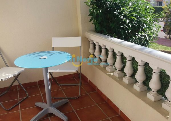 For rent long term apartment 2 bedroom terrace pool community torrox park