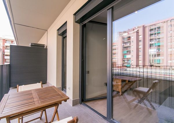 Luxury Flat – 3 bedrooms 2 bathrooms with Parking and Pool