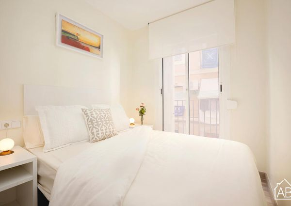 Modern and Bright 2-bedroom Beach Apartment in Barceloneta