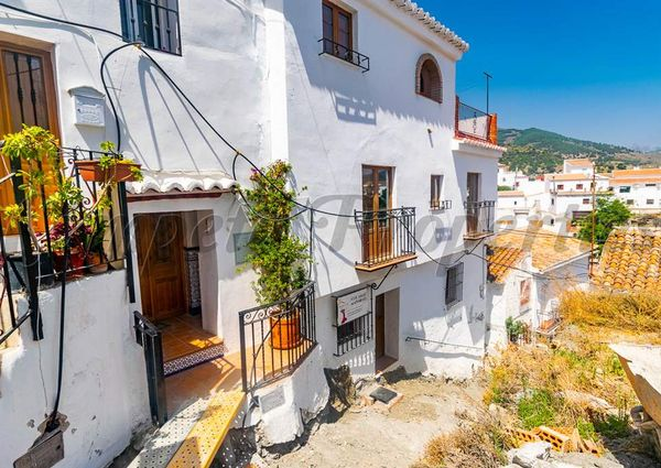 Townhouse in Sedella, Inland Andalucia in the mountains