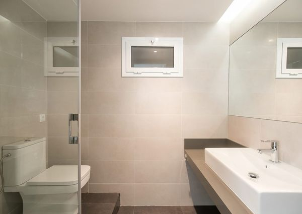 Beautiful renovated apartment close plaza catalunya