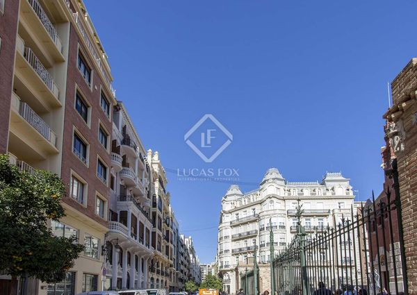 Newly renovated, unfurnished 2-bedroom apartment for rent in Calle Colón, available April 1st.