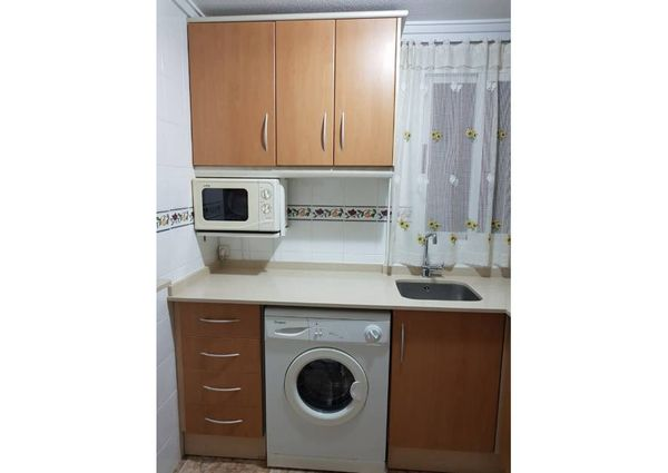 Central apartment and very close to El Cura beach in Torrevieja.