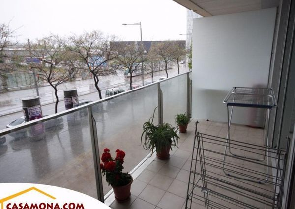 Modern 3 Bedroom Apartment with Elevator and Balcony