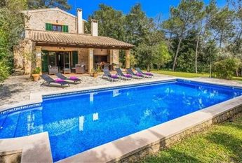 Beautiful country house in Crestatx (Sa Pobla) with pool for rent
