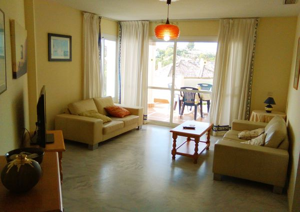 Río Real Middle Floor Apartment