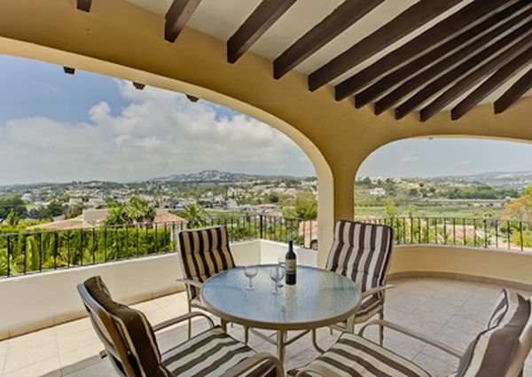 Villa for rent in Moraira