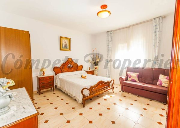 Townhouse in Corumbela, Inland Andalucia in the mountains