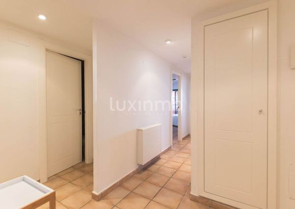 Long term apartment for rent in Mascarat.