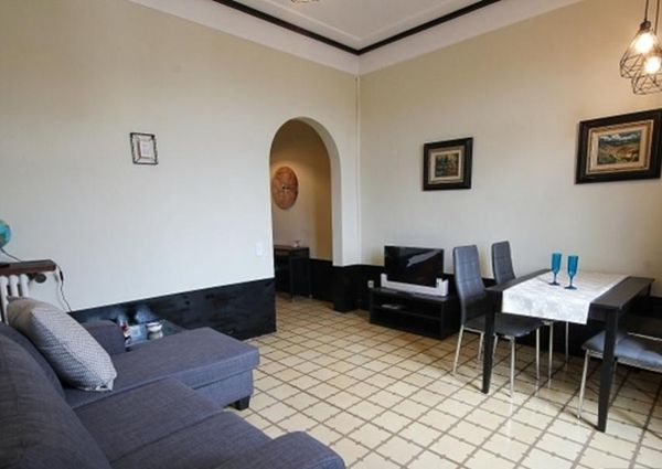 Amazing two bedroom apartment with a balcony in Eixample