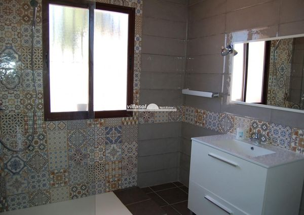 DETACHED VILLA FOR RENT SITUATED IN FRIGILIANA