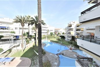 Apartment in Sitges Vinyet facing the sea