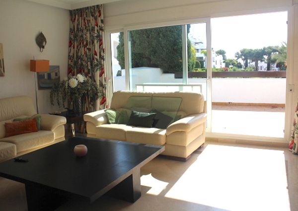 Los Monteros Middle Floor Apartment
