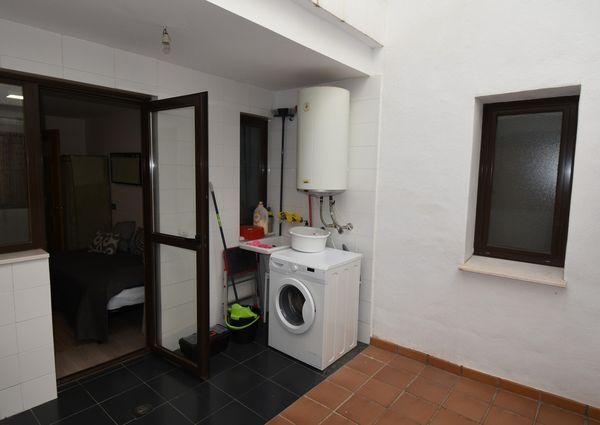 3 Bedrooms  Middle Floor Apartment in Selwo