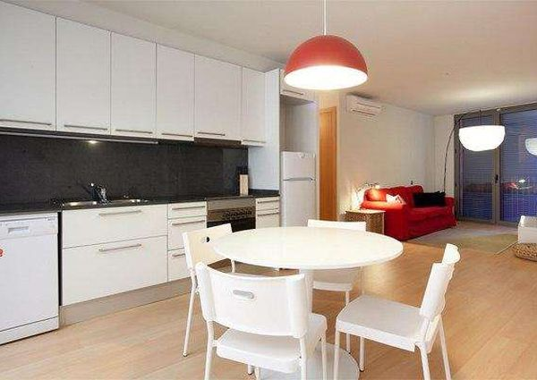 Stylish and modern two-bedroom apartment in Barcelona city centre