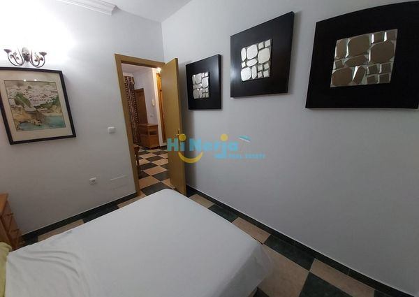 APARTMENT - STUDIO WITH PRIVATE GARAGE SINGING AREA NERJA SUPPLIES INCLUDED IN THE PRICE