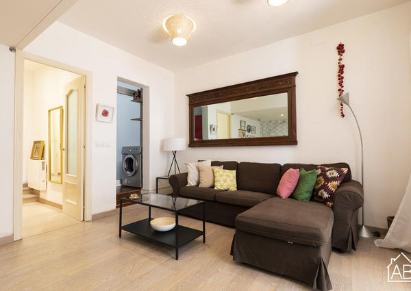 Stunning One-Bedroom Apartment with Private Terrace in Heart of Gracia Neighbourhood