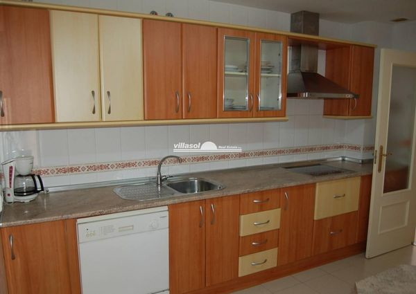 APARTMENT FOR RENT SITUATED IN NERJA
