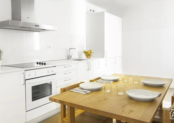 Modern 3 bedroom apartment in the centre of Barcelona