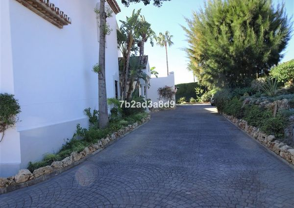Detached Villa in El Paraiso, Costa del Sol