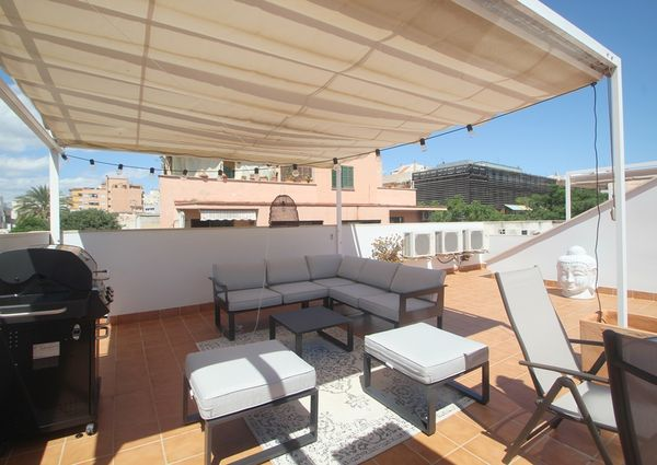 Furnished Penthouse with large terrace, two bedrooms in Santa Catalina, Palma.