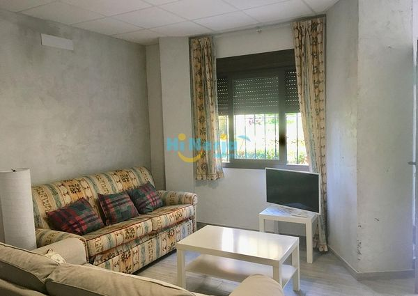 1 bedroom apartment pool including electricity, water, WIFI Center