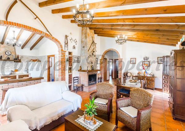 Country Property in Sayalonga, Inland Andalucia in the mountains