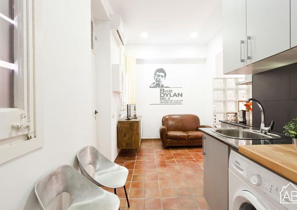 Cozy Barceloneta apartment, just steps from the beach