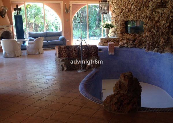 Detached Villa in Marbella, Costa del Sol