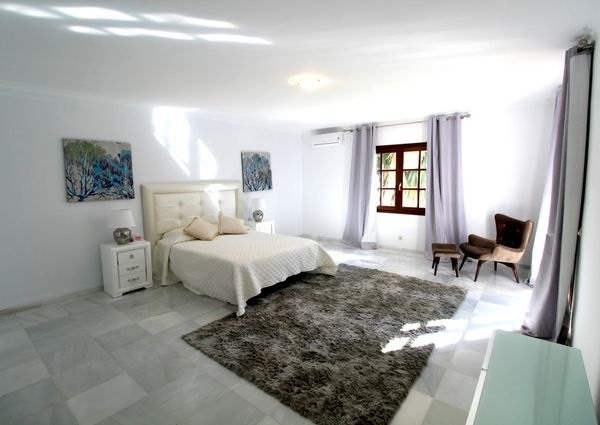 Sierra Blanca Detached Villa
