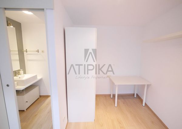 Amazing furnished penthouse with communal terrace in the heart of the 'Gràcia' neighborhood