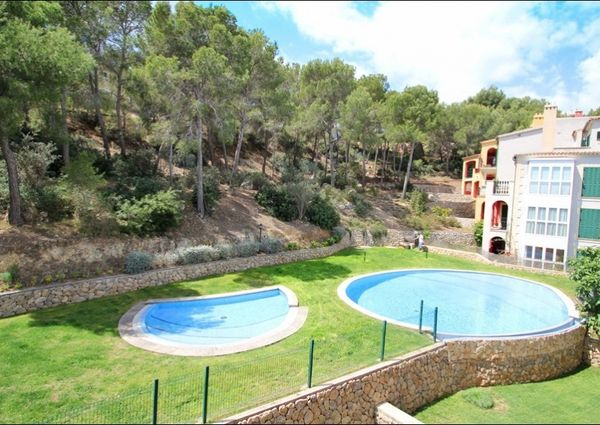 Comfortable apartment in an attractive residence in Santa Ponsa