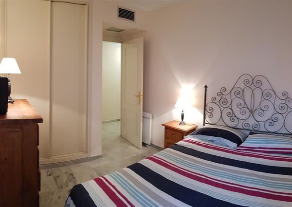 Middle Floor Apartment in Nueva Andalucía, Costa del Sol