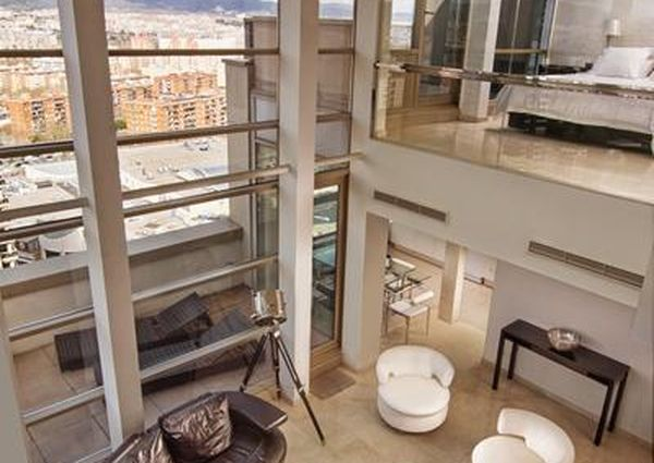 Luxurious 4-Bedroom Penthouse with Incredible Sea Views
